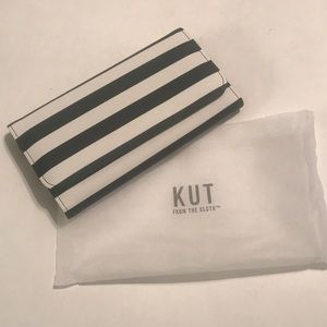 NWT Kut From The Kloth wallet